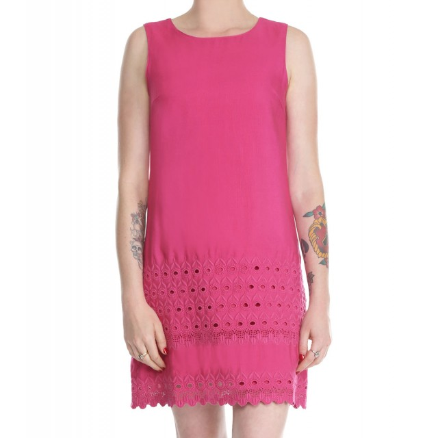 front_hot pink